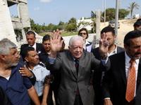 Джимми Картер во время поездки в Сектор Газа