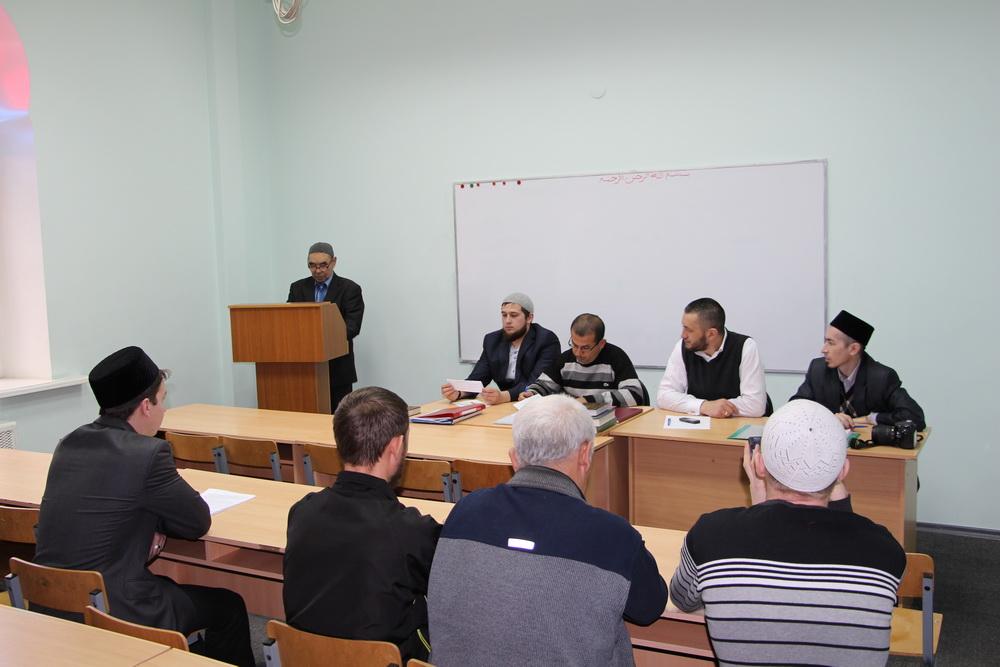 Выпускники медресе Шейх Саид защитили дипломные работы ДУМСО  0893